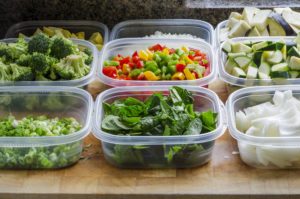Organizing-Food-Storage-Containers